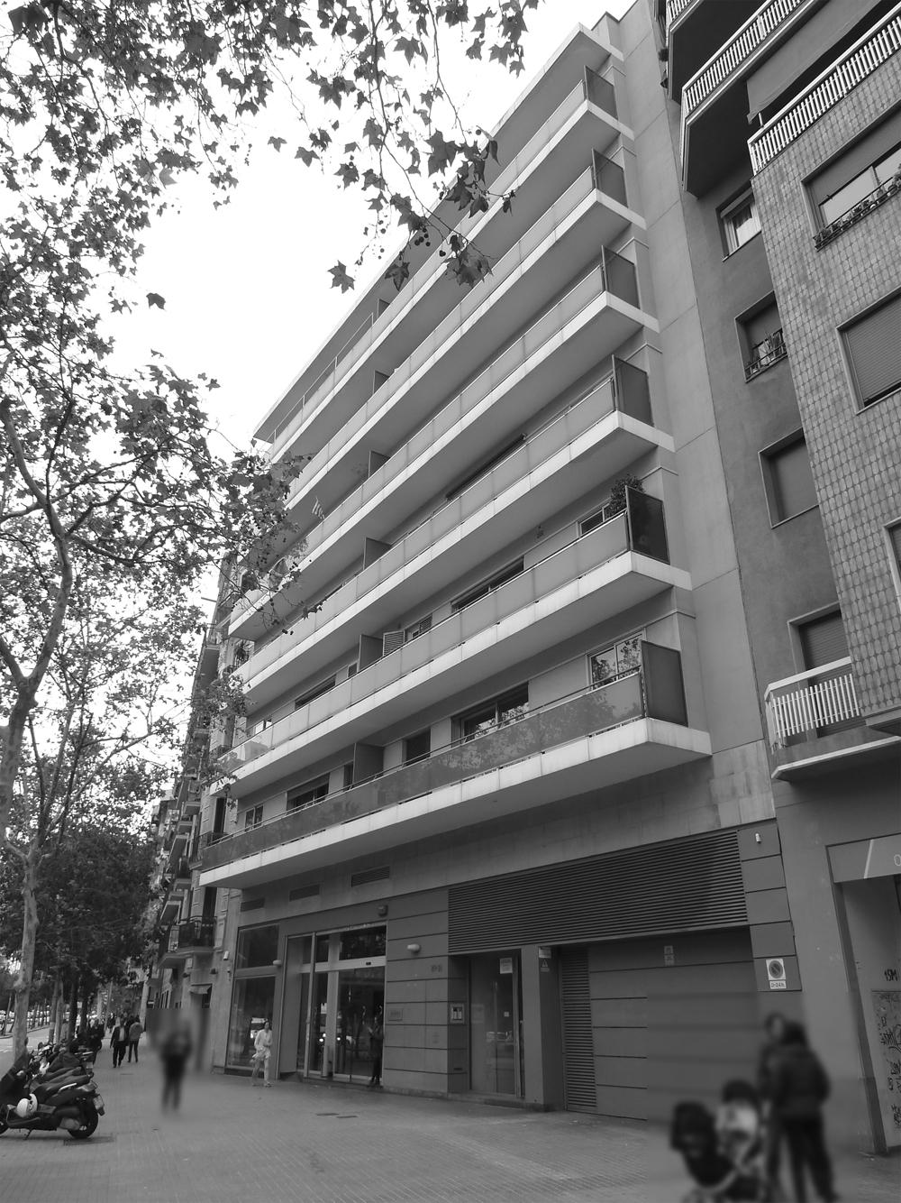 Intervención reforma fachada principal 1